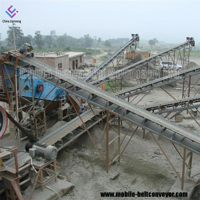 Flat Inclined Rubber Mobile Conveyor Belt System With Grain Coal Hopper