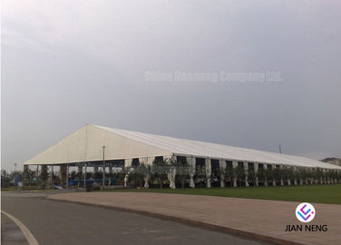 China Outside Tennis Sport Event Tents Temporary Sunshade Shelter 120kmh Wind Load supplier