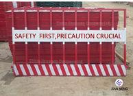 China Temporary Edge Protection Guardrail Red And White Color For Building Construction Sites factory