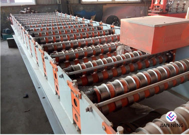 China Customized Metal Roof Roll Forming Machine , Color Coated Surface Roof Forming Machine factory